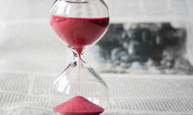Hogyan olvass gazdasági újságcímeket és ments meg napi 1 órát az életedből