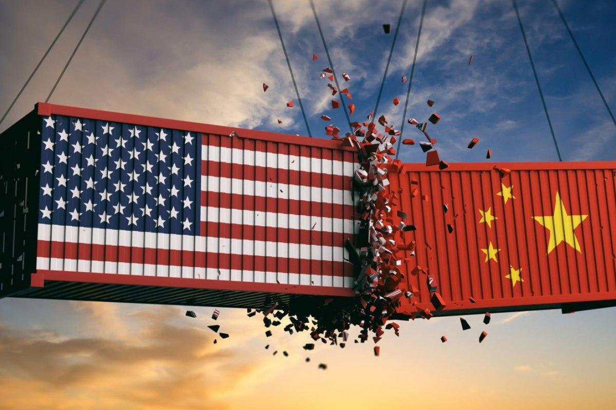 Az inverz hozamgörbe egyik okozója a kereskedelmi háború.